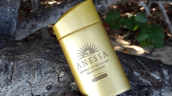Anessa Perfect UV Sunscreen Aqua Booster SPF 50+ PA++++