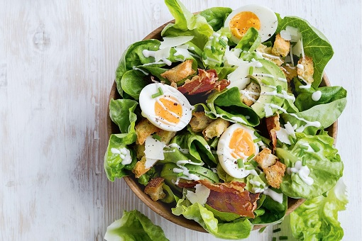 Cach lam salad tron ngon don gian tai nha (5)