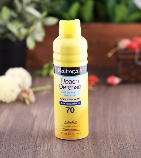 Xịt chống nắng Beach Defense SPF 70