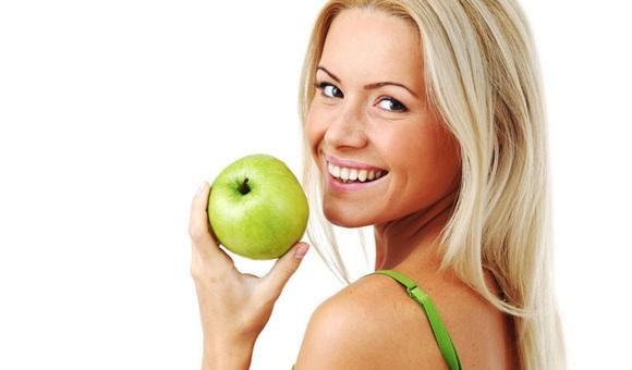 Ăn táo có lợi cho mắt, da (4)