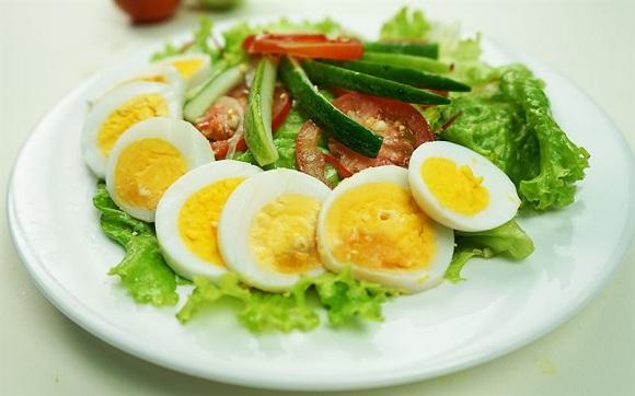 Ăn trứng cùng với rau thực sự tốt (6)