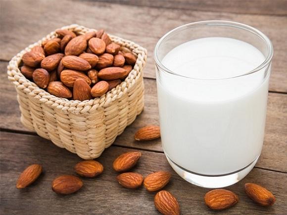 Hạnh nhân có chứa một hàm lượng chất dinh dưỡng rất phong phú (2)