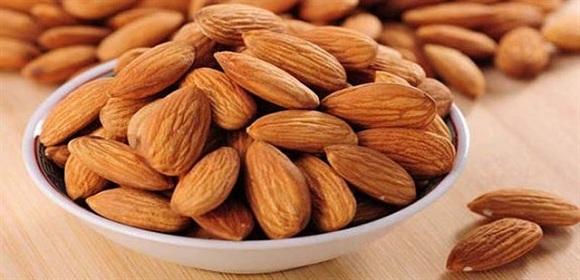 Mỗi ngày chúng ta chỉ cần ăn khoảng 30gr quả hạnh nhân, tương đương với 20 – 24 hạt hạnh nhân (6)