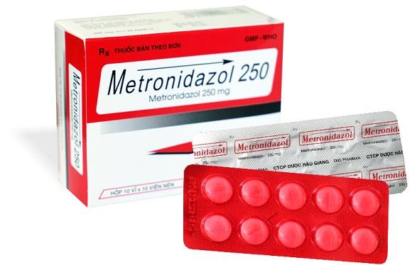 Thuốc Metronidazol điều trị nhiễm khuẩn nặng do vi khuẩn kỵ khí, nhiễm khuẩn ổ bụng, nhiễm khuẩn huyết (1)