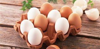 Trứng gà là thực phẩm giàu dinh dưỡng có chứa nhiều can xi, sắt, phốt pho và các loại vitamin (1)